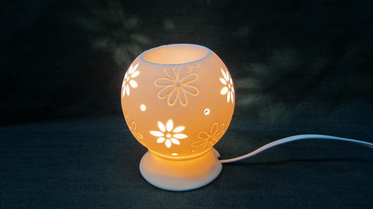 ball with electric light