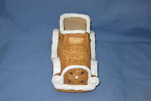 ceramic christmas car for gitf holder